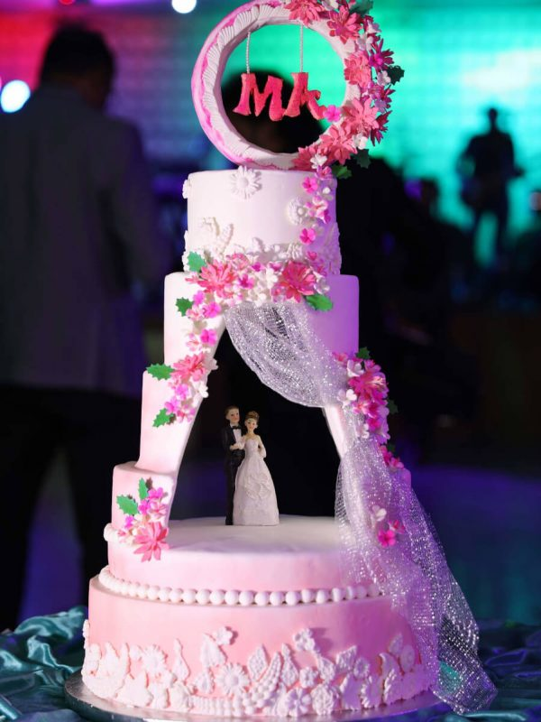 Alonies Handcrafted Cakes (2)