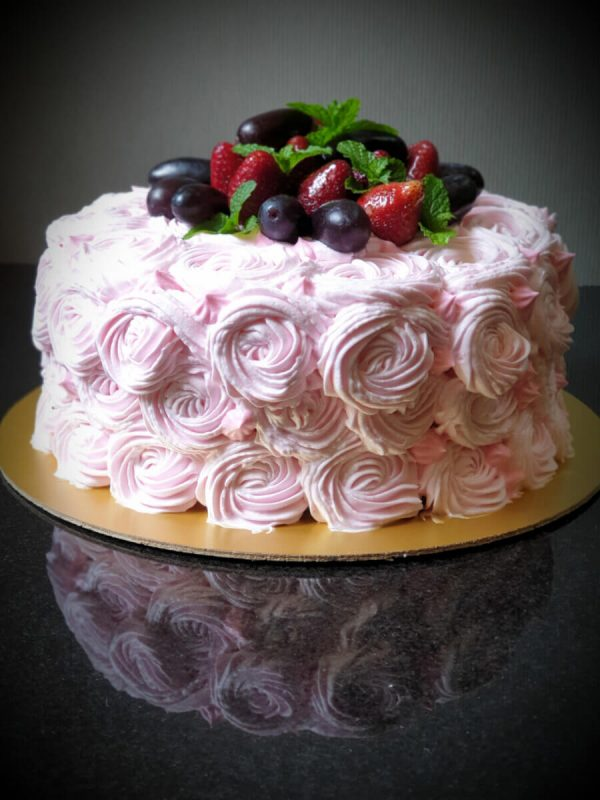 Alonie's Handcrafted Cakes (7)